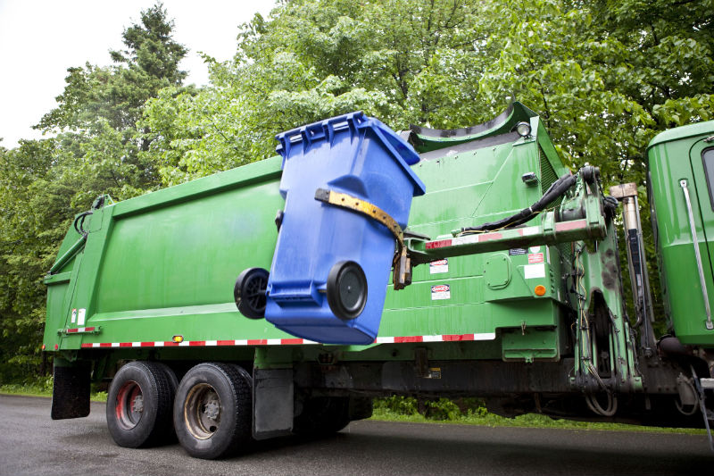 Get To Know the Right Time to Hire a Waste Removal Company in Waterloo IA